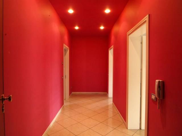 Appartamento finemente RISTRUTTURATO - 2 CAMERE - 2 BAGNI