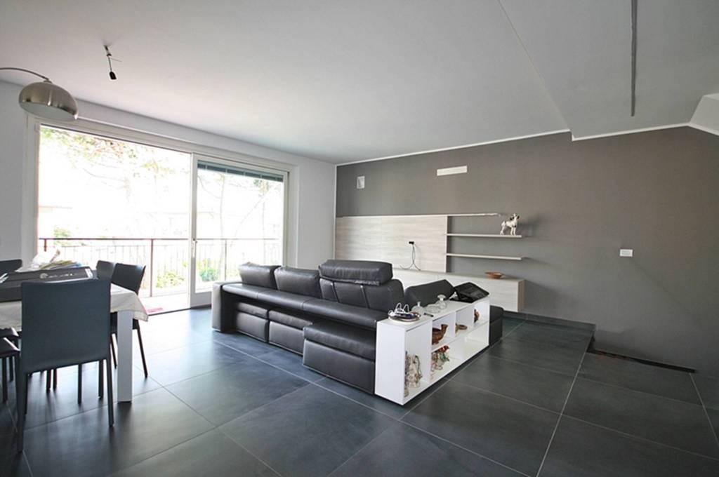 Villa a Schiera in vendita a Alserio, 4 locali, prezzo € 350.000 | PortaleAgenzieImmobiliari.it
