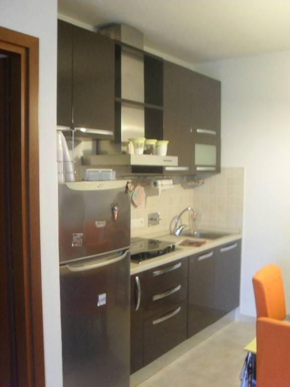 Appartamento in ottime condizioni in vendita Rif. 7268845
