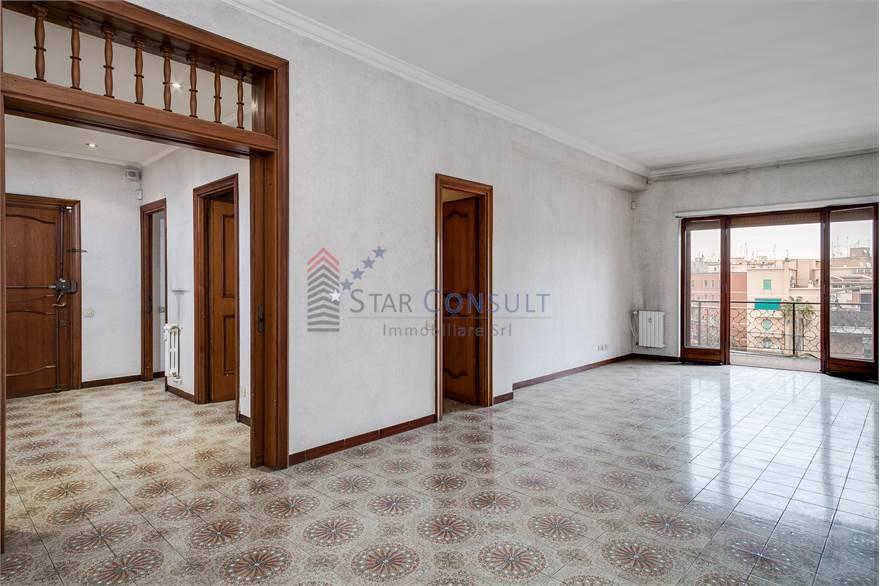Appartamento in vendita a Roma, 6 locali, zona Zona: 15 . Appio Latino, Appia Antica, Furio Camillo, Alberone, prezzo € 518.000 | CambioCasa.it