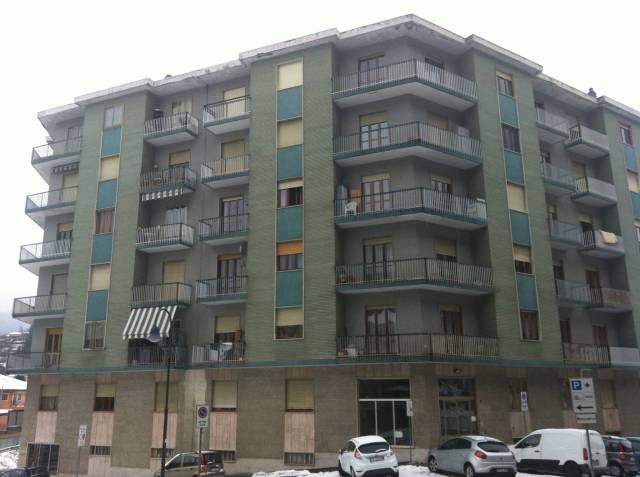 Appartamento in ottime condizioni in affitto Rif. 5627752