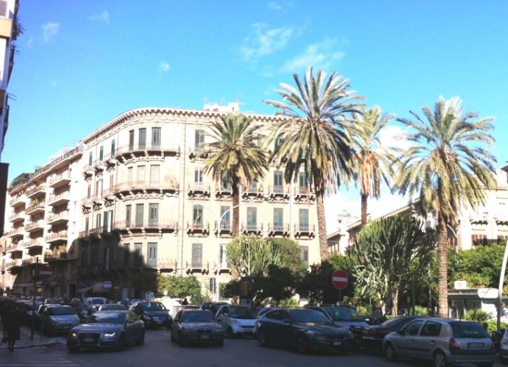 Ufficio-studio in Affitto a Palermo Centro: 3 locali, 80 mq