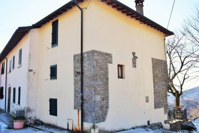 Casa Indipendente in buone condizioni in vendita Rif. 5546514
