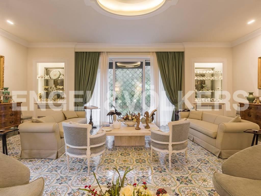 Villa in Affitto a Roma 02 Parioli / Pinciano / Flaminio: 5 locali, 300 mq