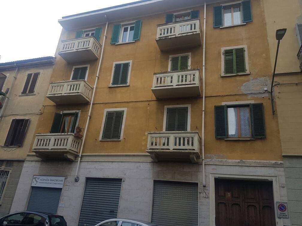 Foto 1 di Trilocale via Cumiana 29, Torino (zona Cenisia, San Paolo)