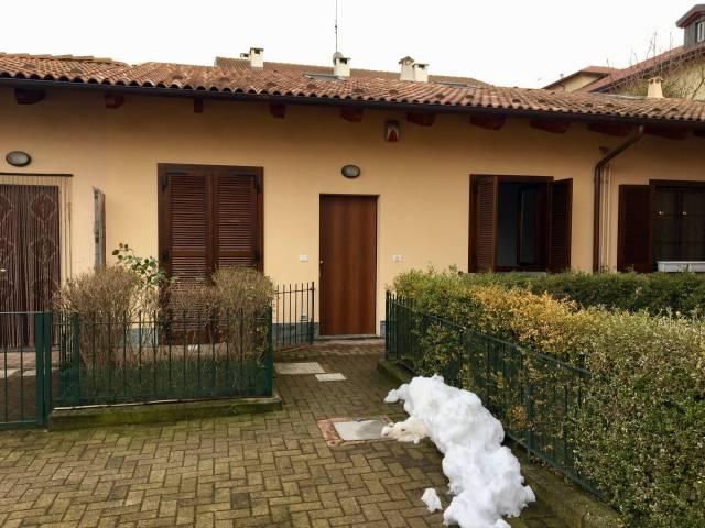 Appartamento in ottime condizioni in vendita Rif. 5654082