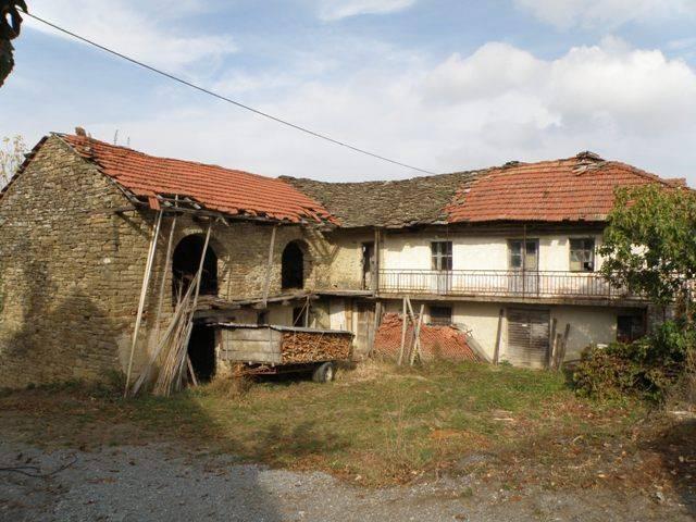 Rustico / Casale in vendita a Prunetto, 5 locali, prezzo € 35.000 | PortaleAgenzieImmobiliari.it