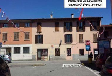 Appartamento in buone condizioni in vendita Rif. 8401878