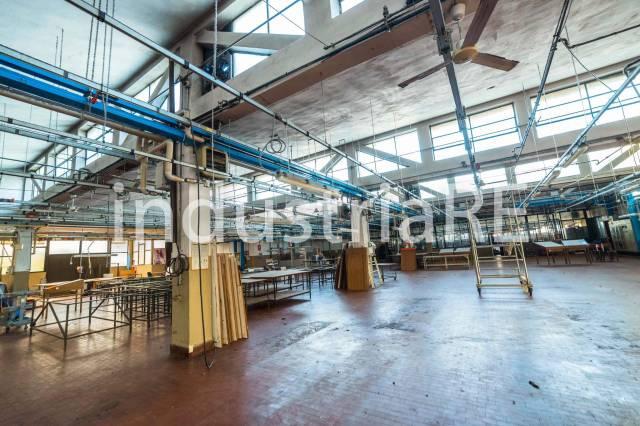 Capannone industriale in vendita a Dalmine
