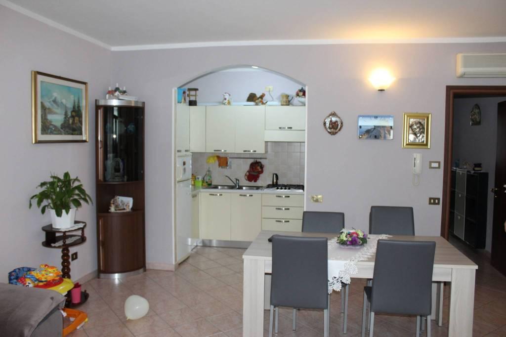 Appartamento semi-nuovo. Ingresso indipendente - Guastalla