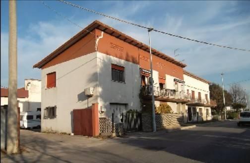 Appartamento da ristrutturare in vendita Rif. 5674630