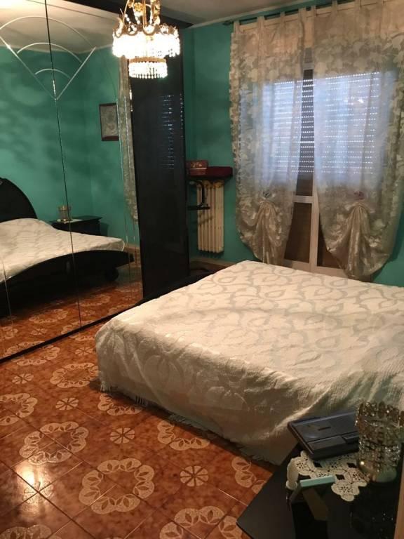 Appartamento in buone condizioni arredato in vendita Rif. 7931585