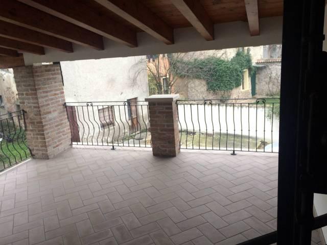 Soluzione Indipendente in vendita a Volta Mantovana, 5 locali, prezzo € 145.000   CambioCasa.it