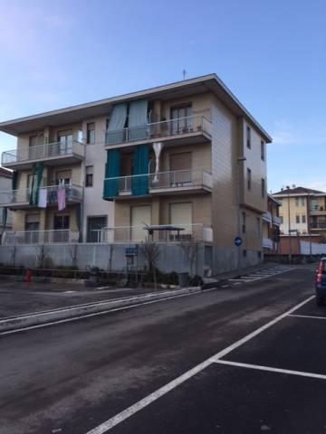 Appartamento in buone condizioni arredato in affitto Rif. 5673434