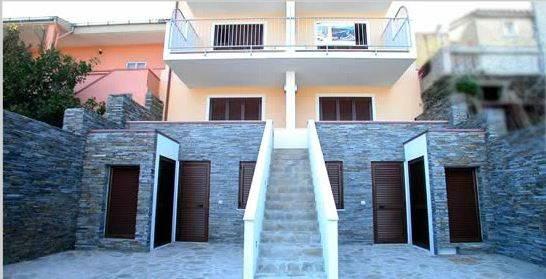Appartamento in Vendita a Stintino: 2 locali, 63 mq