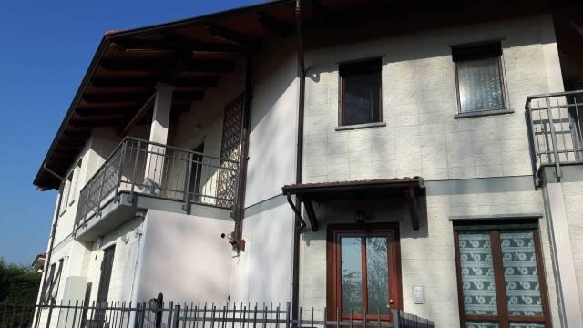 Appartamento in vendita a Montalenghe, 4 locali, prezzo € 95.000 | CambioCasa.it