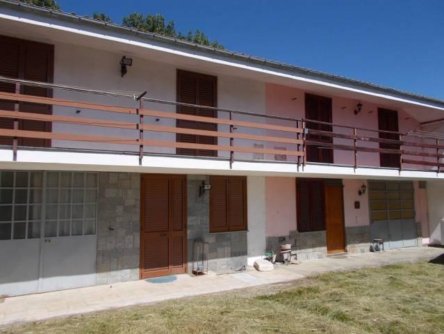 Villa a Schiera in Vendita a Cavour