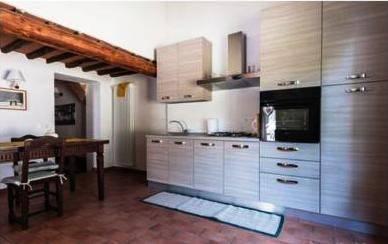 Appartamento in Affitto a Calcinaia Periferia: 4 locali, 105 mq