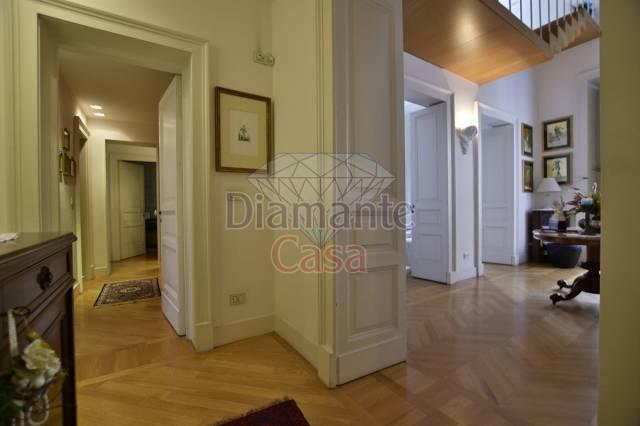Appartamento in Vendita a Catania Centro:  5 locali, 210 mq  - Foto 1