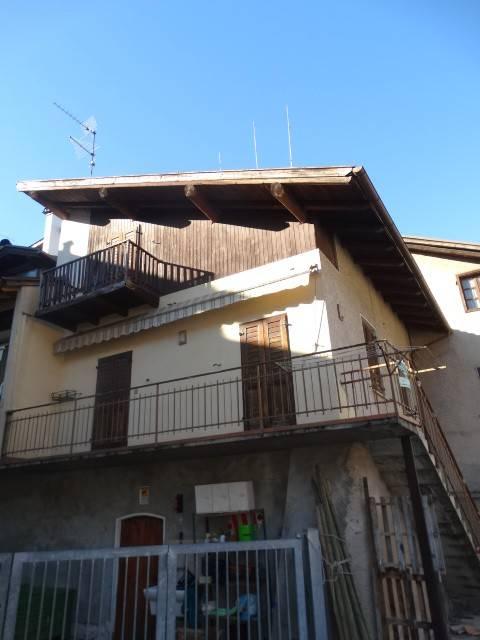 Appartamento in buone condizioni in vendita Rif. 5589426