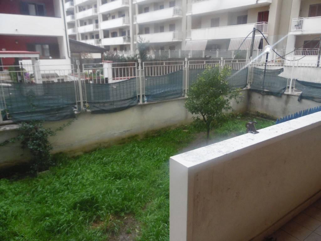 Appartamento in buone condizioni in vendita Rif. 7506052
