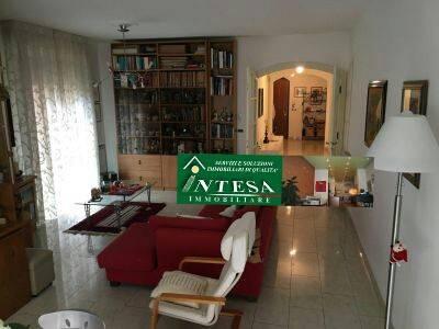 Appartamento 6 locali in vendita a Pisa (PI)