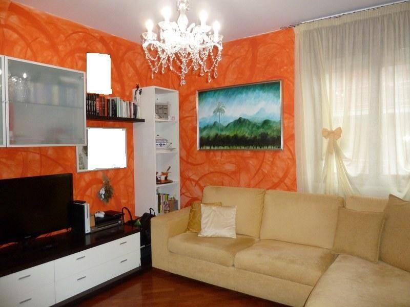 Appartamento in ottime condizioni in vendita Rif. 8578393