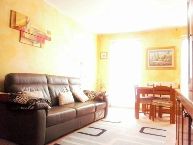 Appartamento in ottime condizioni parzialmente arredato in vendita Rif. 5698304