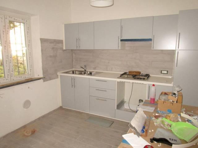 Casa indipendente in Affitto a Pisa Semicentro: 4 locali, 75 mq