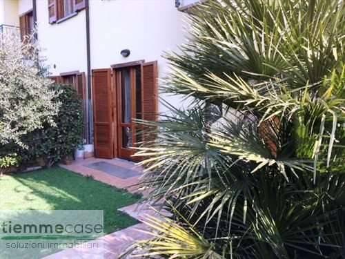 Appartamento in buone condizioni arredato in vendita Rif. 5710168