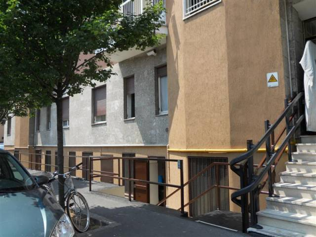 Appartamento in buone condizioni arredato in affitto Rif. 5709858