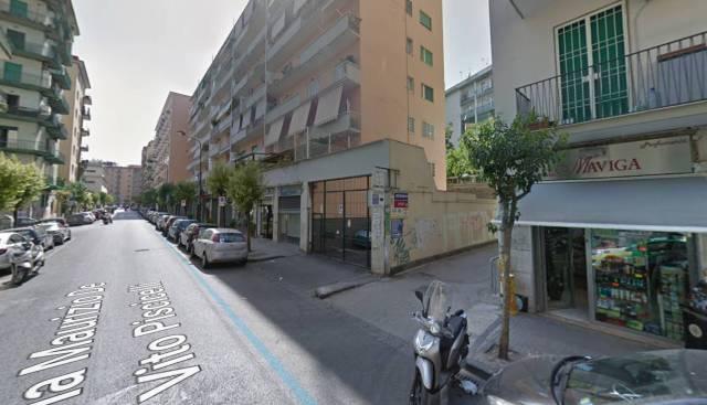 Appartamento in vendita 4 vani 130 mq.  via Maurizio De Vito Piscicelli Napoli