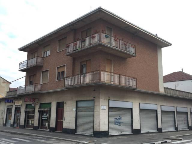 Appartamento in vendita a Torino, 3 locali, zona Zona: 16 . Mirafiori, Centro Europa, Città Giardino, prezzo € 110.000 | CambioCasa.it