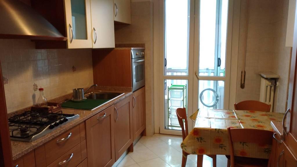 Stanza / posto letto in affitto Rif. 8255739