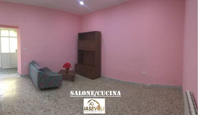 Appartamento in buone condizioni in affitto Rif. 6916272