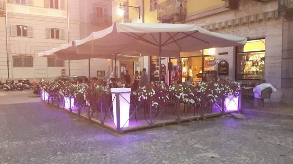 Bar in vendita a Ivrea, 3 locali, Trattative riservate | PortaleAgenzieImmobiliari.it