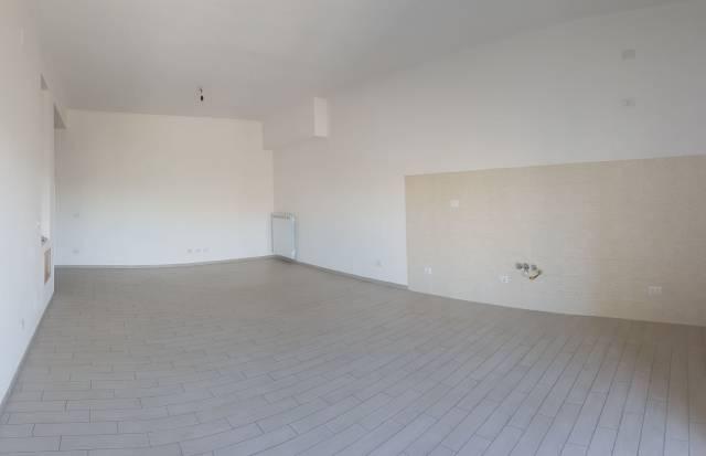 Appartamento, Ceccano, Centro città, Affitto - Frosinone (Frosinone)