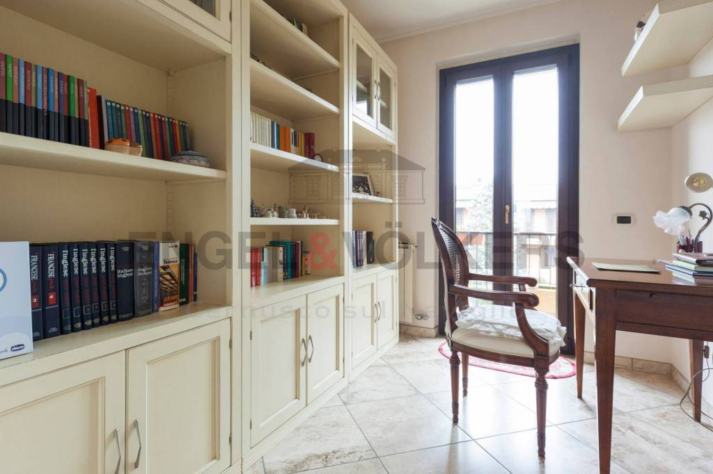 Villetta a schiera in buone condizioni arredato in vendita Rif. 6355924