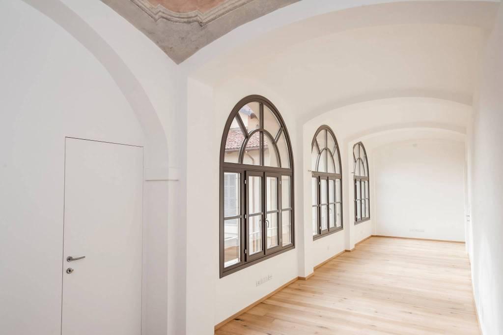 Appartamento in affitto a Chieri, 4 locali, prezzo € 1.400 | CambioCasa.it