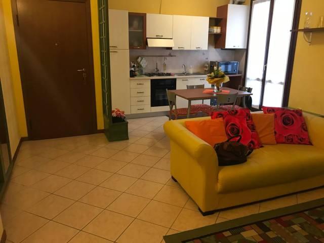 Appartamento in buone condizioni arredato in vendita Rif. 5733967