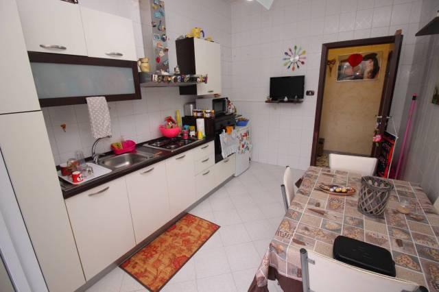 Appartamento in buone condizioni in vendita Rif. 5733548