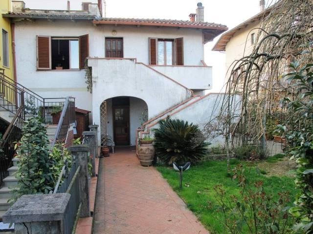 Villa in Vendita a Serravalle Pistoiese Centro: 5 locali, 228 mq