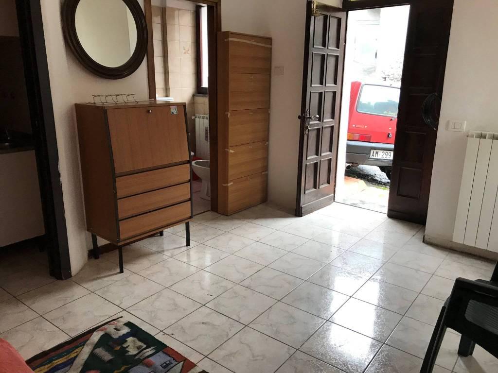 Soluzione Indipendente in vendita a Dubino, 3 locali, prezzo € 70.000 | PortaleAgenzieImmobiliari.it