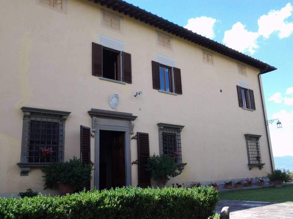 Villa in buone condizioni in vendita Rif. 7758476
