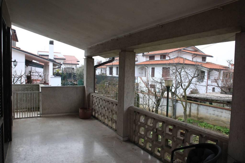Villa in ottime condizioni in vendita Rif. 5750302