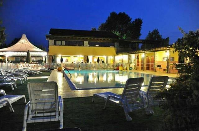 Attività commerciale a Castelfranco Emilia