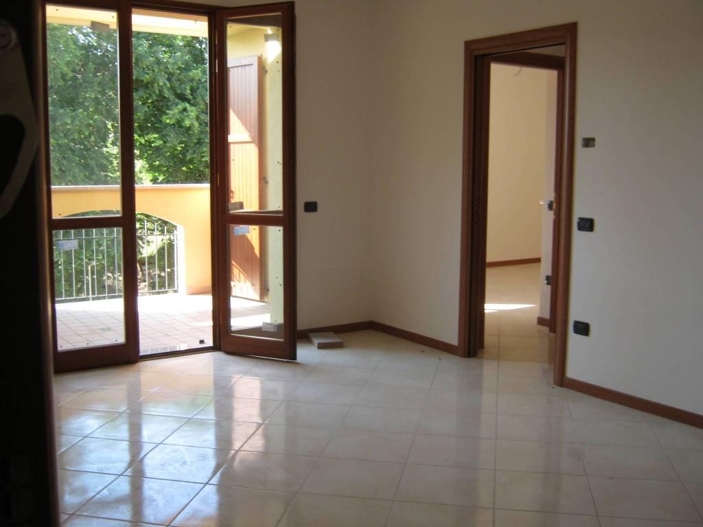 Appartamento in vendita a San Clemente, 3 locali, prezzo € 135.000 | CambioCasa.it