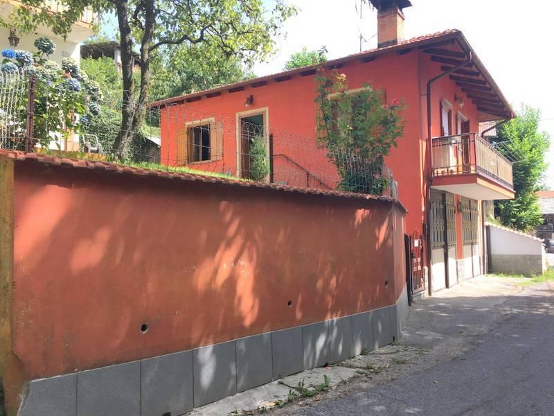 Villa in buone condizioni in vendita Rif. 9149688