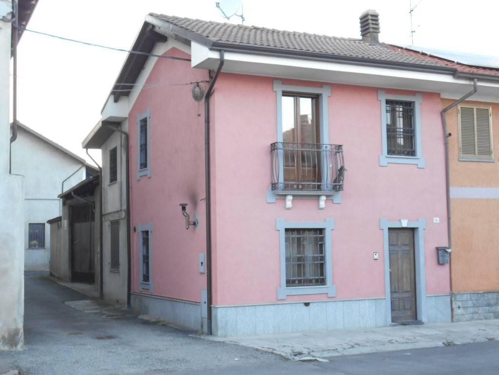 Foto 1 di Villa corso Guglielmo Marconi 36, Livorno Ferraris