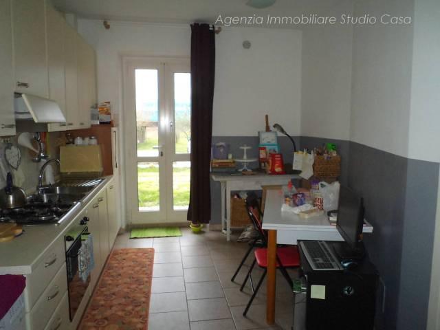 Appartamento in ottime condizioni in vendita Rif. 5764778